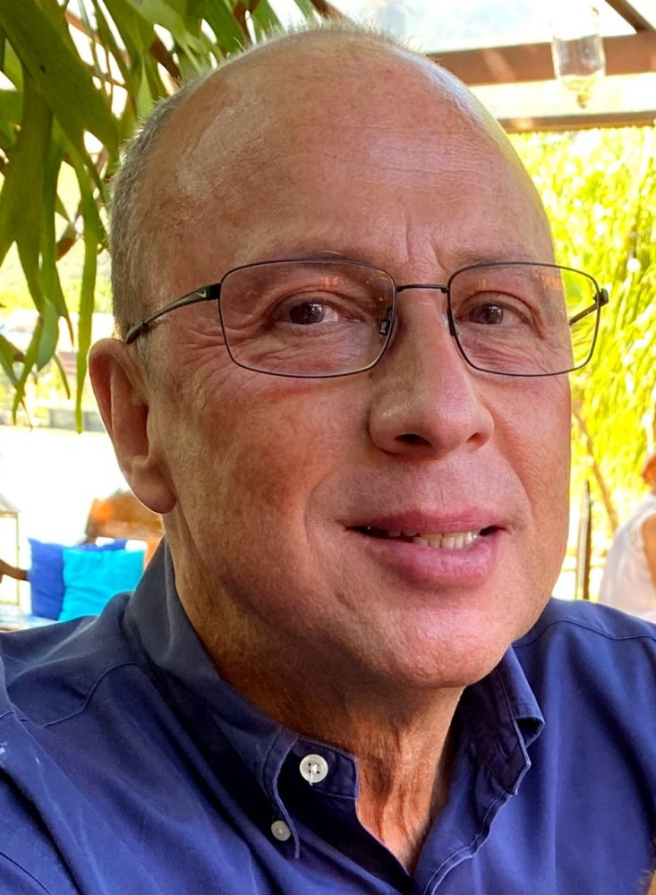 Charles Lopes esclarece dúvidas sobre planos de saúde.