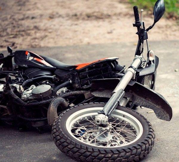 Os acidentes com motos aumentaram muito em Curitiba.