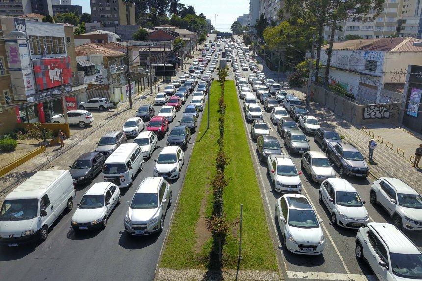 Proposta é devolver parte do valor pago pelo seguro de automóvel.