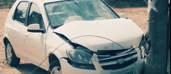 É preciso ter muito cuidado se você se envolver num acidente como este.