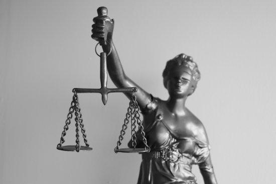 Muitos profissionais sofrem ações na Justiça por supostos erros profissionasis.