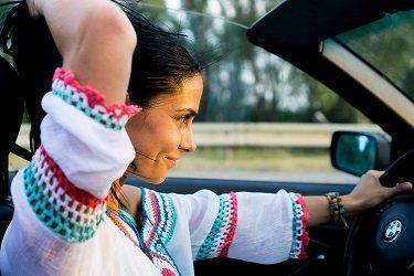 Pelo levantamento, mulheres são mais cautelosas no trânsito.